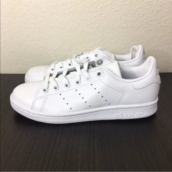 finest selection 80bc6 7d24f Adidas Stan Smith All White Sneaker Shoes